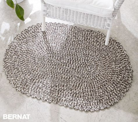 Welcome Home oval rug, free pattern by Bernat. Made with Bernat Maker Home Dec - cat.5/bulky, tubular yarn, 72% cotton 28% nylon, 317yds/skein; 16 colors. Total 951 yds (3 skeins @ $10/ea.), hook size 'J'. **Use t-shirt yarn . . .  ღTrish W ~ http://www.pinterest.com/trishw/  . . . #crochet