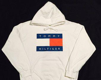 Pink Tommy Hilfiger Logo Hoodie Sweatshirt Vintage von COOL2THEIDEA