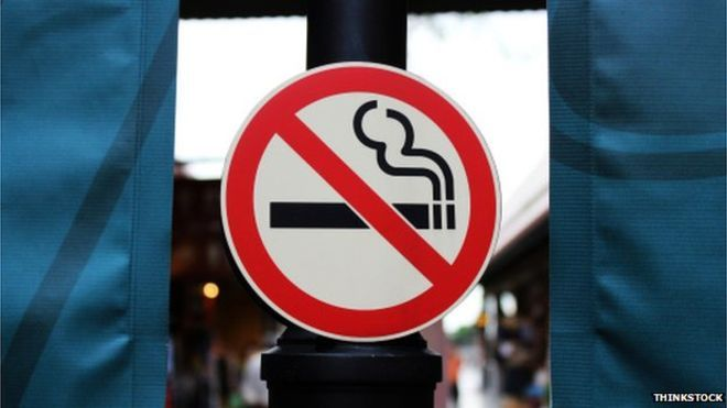 Smoking ban in England 'cuts child hospital admissions'