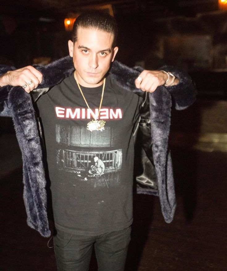 Rapper G- Eazy shows Respect to Eminem today Dec 15th, even though he has his album released the same day!!❤