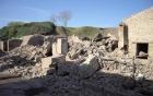 [폼페이 유적지]  해제: 79년 베수비오 화산의 폭발로 매몰되었다. 하지만 후대에 땅속에 도시가 묻혀있다는 사실이 밝혀지면서 발굴되었다. 이 발굴로 인해 고대에 대해 많은 자료를 확보할 수 있었다.  감상: 폼페이 유적지 이 장소는 나에게 인생은 새옹지마라는 가르침을 주는 듯하다. 인생은 길흉화복을 알 수 없으니 좋은 일이 있다고 자만할 것이 아니요 슬픈 일이 있다고 슬퍼할 것도 아니라는 깨달음을 준다.