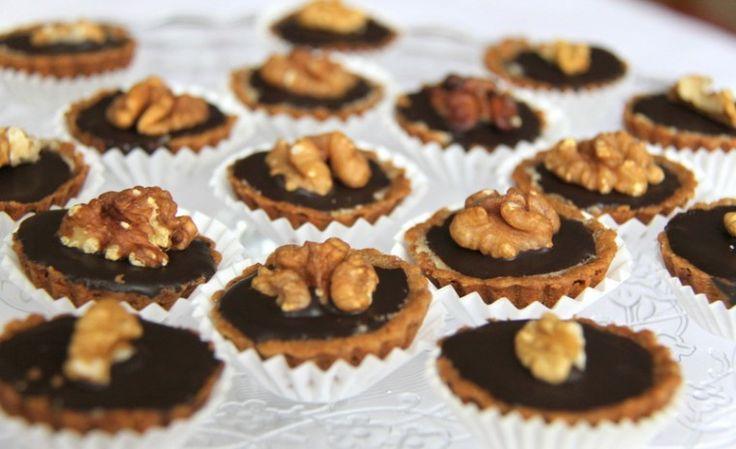 Plněné ořechové košíčky - Testováno na dětech