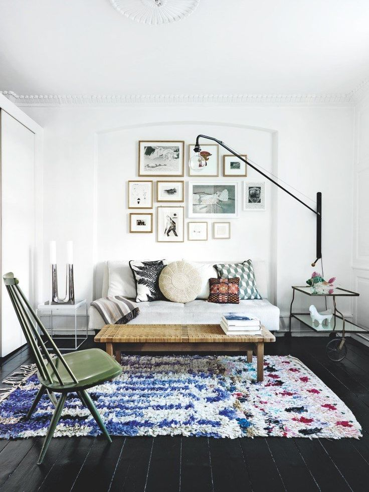 Boucherouite rug and that chair work well in this small space.
