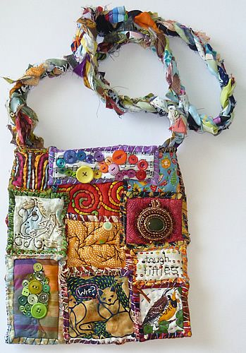 Gorgeous bag made by sheepBlue and posted on Craftster.: