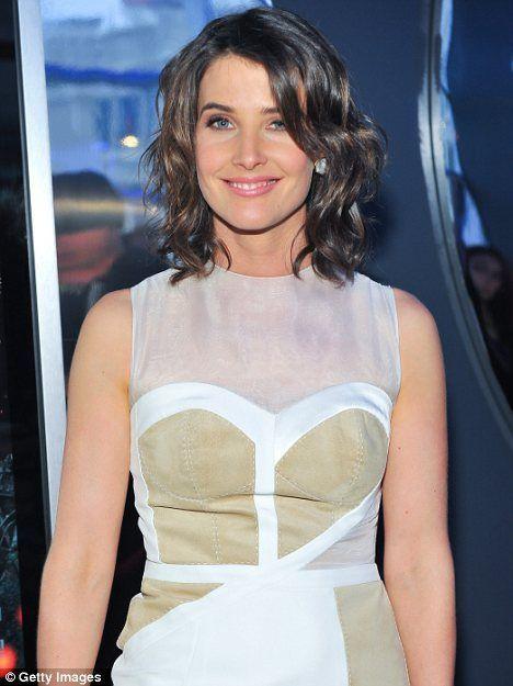 Votre temps pour briller: Cobie Smulders brille comme le visage féminin de Avengers à To …   – Sincerely Jules Hair