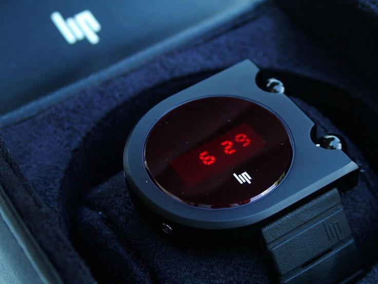 LIP Mach 2000 LED Reedition - fav watch!