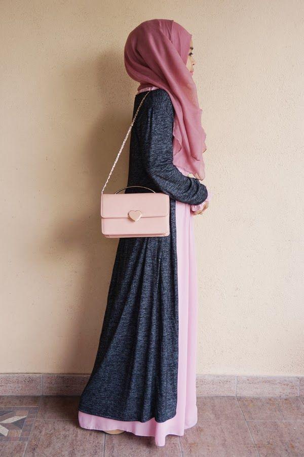 Enkel abaya, lång cardigan, färgmatchad väska och slöja. Så enkelt, så snyggt, så rätt.