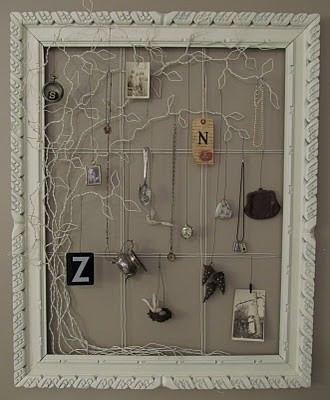 wire: Wire Jewelry, Art Frames, Families Trees, Wire Crafts, Jewelry Holders, Wire Trees, Wire Art, Pictures Frames, Jewelry Frames