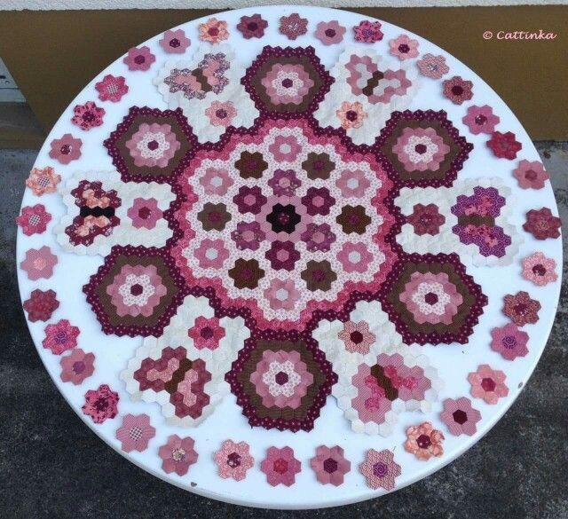 1362 Best Hexis Images On Pinterest Hexagon Quilting