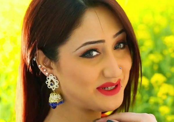 Gul Panra Pashto New Songs 2017 Film Khanadani Jawargar HD Moive Sumbal Shahid Khan
