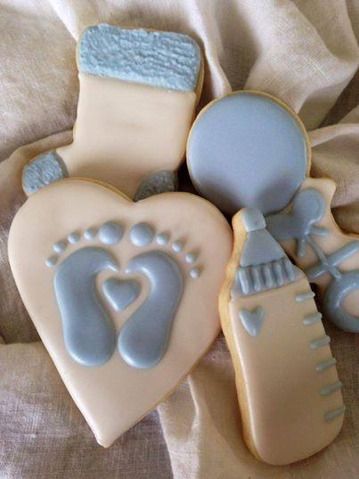 Baby Shower. foot print bottle cookies