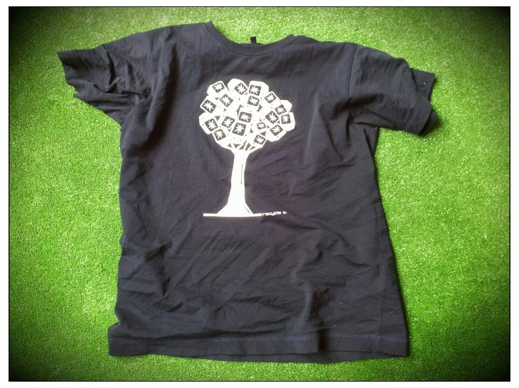 T-Shirt Tree Logo