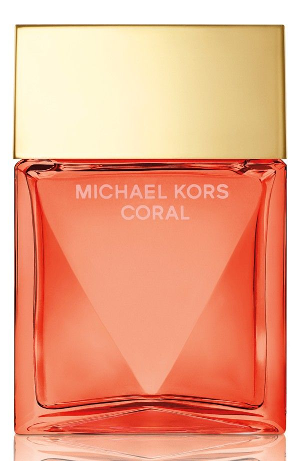 Fresh, feminine and fabulous, this Michael Kors perfume blends tropical grapefruit, sweet raspberry and warm sandalwood for a bold, beautiful fragrance.