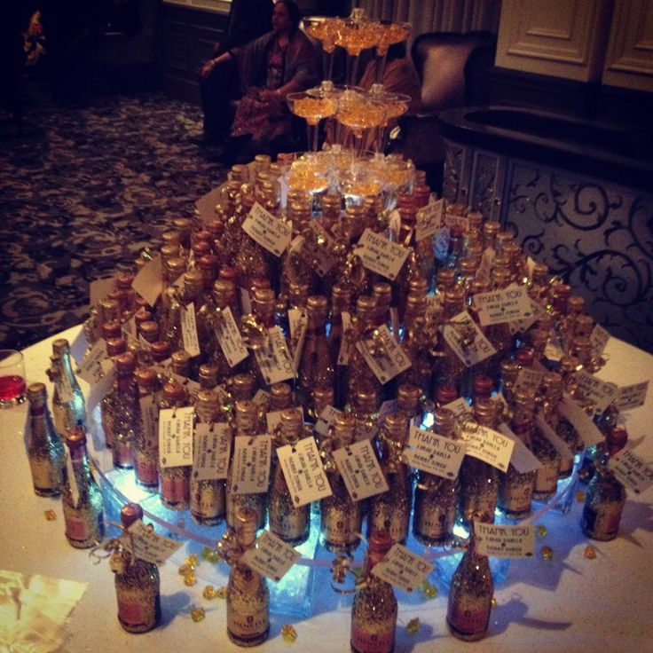 Wine for everyone...Gatsby themed wedding.