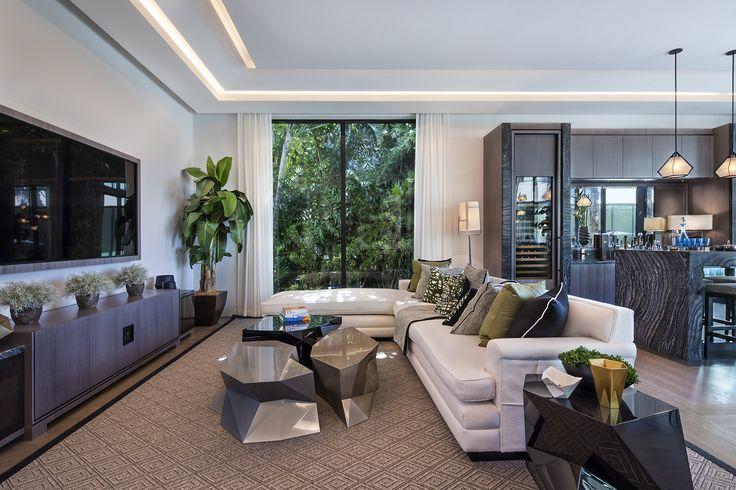 Casa Miami Beach, obra de Kobi Karp Architecture and Interior Design, Inc. encanto al estilo Miami Beach.  #THECORE #LifeStyle #InteriorDesign #luxurius #Architecture #house