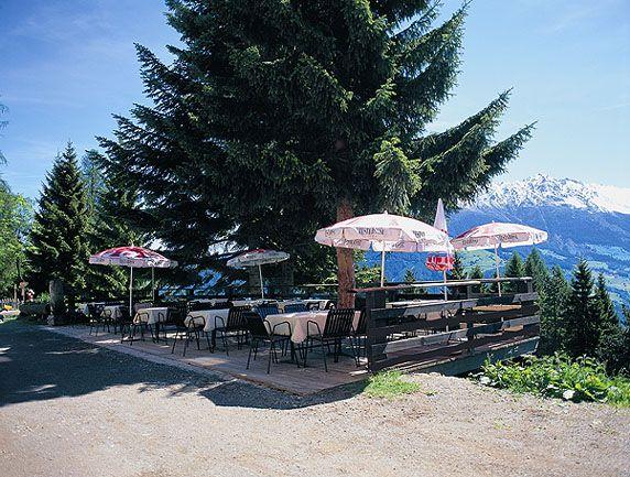 Im Cafe gibt es viele verschiedene Bauernhofeissorten