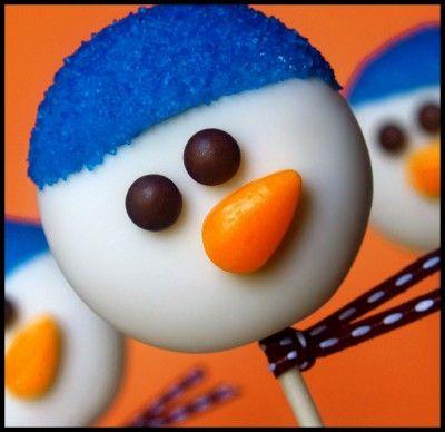 Oreo Snowman Pops.. Love them: Snowman Faces, Snowman Pop, Cakes Pop, Edible Crafts, Snowman Cakes, Frosty Faces, Oreo Pop, Oreo Cakest, Cookies Pop