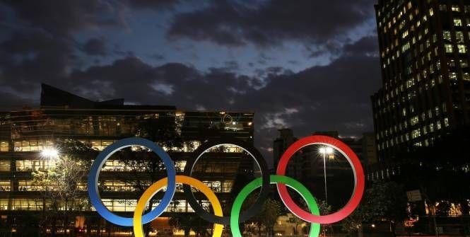 L'équipe (2016-07-20) Trois juges ont été bannis par la Fédération internationale de gymnastique, tandis que cinq autres ont reçu des avertissements pour <i>«notation biaisée ou insatisfaisante»</i> lors d'événements récents. Ils ne participeront pas aux Jeux de Rio.