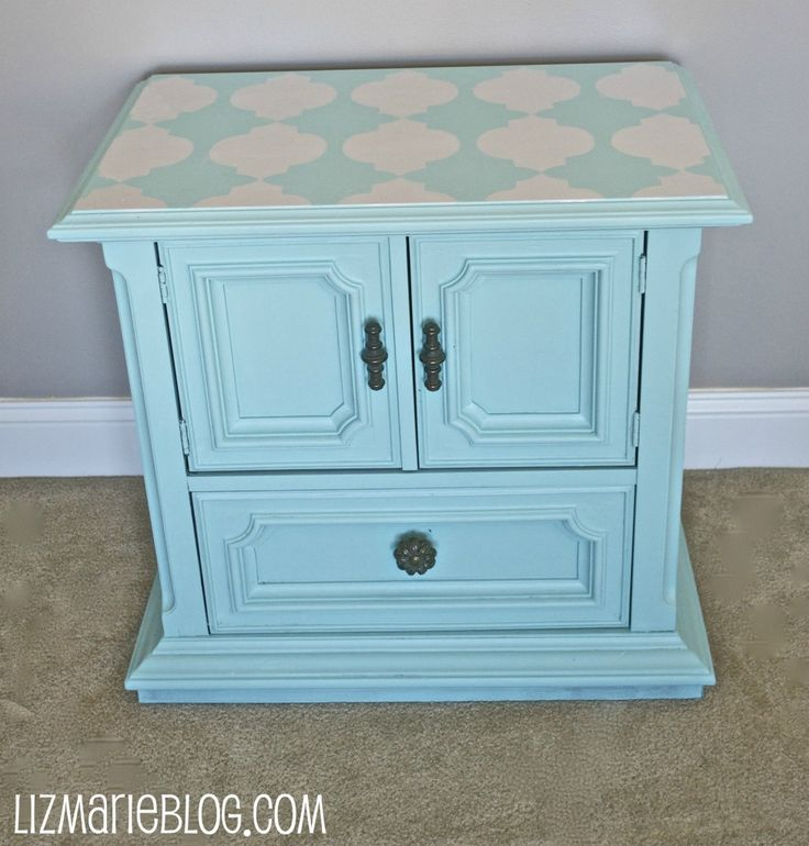 painted end table: Colors, Crafty Things, Homemade Stencil, End Tables, Crafty Sisters, Stencil Nightstand Gorge, Stencil Tops