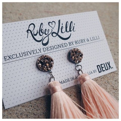 RUBY & LILLI + DEUX. COLLABORATION  Exclusively designed by Ruby & Lilli for #RubyAndLilliLovers and lovingly handmade in Australia by DEUX.  Ruby & Lilli and DEUX. are both Australian #GirlBoss Designers bringing Limited Edition Luxury products to the women of Australia. These gorgeous earrings are an EXCLUSIVE design dreamed up by Ruby & Lilli and made real (by hand with love) by DEUX.  R&L + DEUX. Peach Crystal Earrings