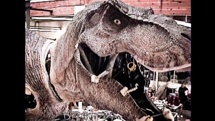 JURASSIC PARK - T-Rex - Skinning an Animatronic Dinosaur Part 2 - BEHIND...