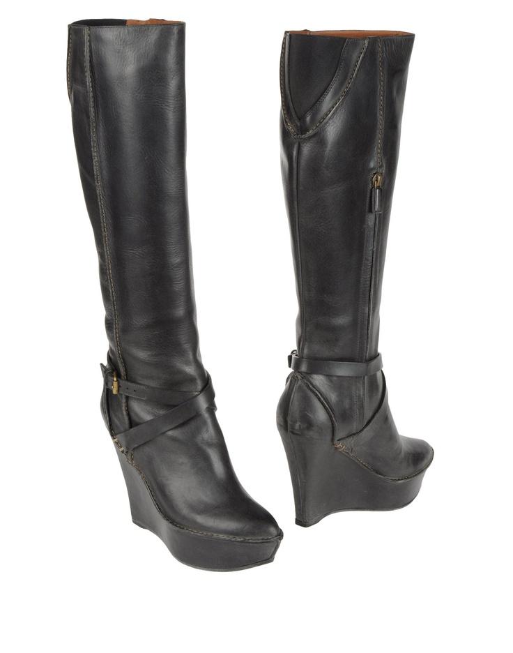 GIVENCHY Для Женщин - Обувь - Сапоги на каблуке GIVENCHY на YOOX