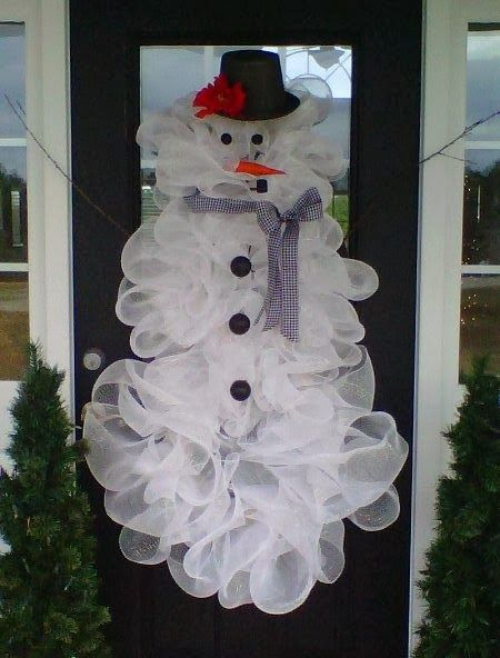 Decor: Deco mesh snowman