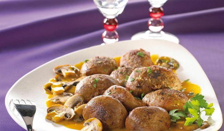 ROGNON DE BOEUF CAMPAGNARD    Préparation : 15 mn Cuisson : 20 mn Personnes : 4 Ingrédients 1 rognon de boeuf de 600 g environ 150 de champignons 2 cuillères à soupe de farine 1 cuillère à soupe de moutarde 10 cl de bouillon de boeuf 5 cuillères à soupe de Madère […]    Toutes nos recettes sur http://interbev-bretagne.fr/les-recettes/     #Cuisine #Boeuf #plat #recette #Interbev #viande