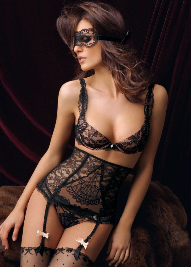 Lise Charmel Fall / Winter 2008 / 2009 > photo 17987 > fashion picture
