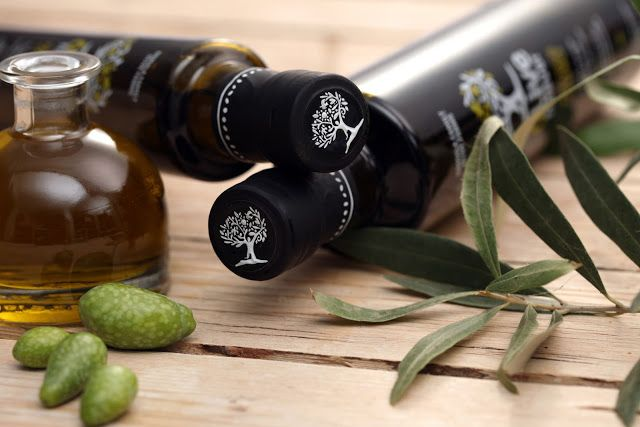 Olive Forever on Packaging of the World - Creative Package Design Gallery