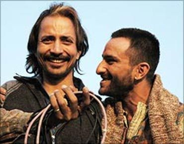 6 Times Deepak Dobriyal Proved His Finesse As An Actor
