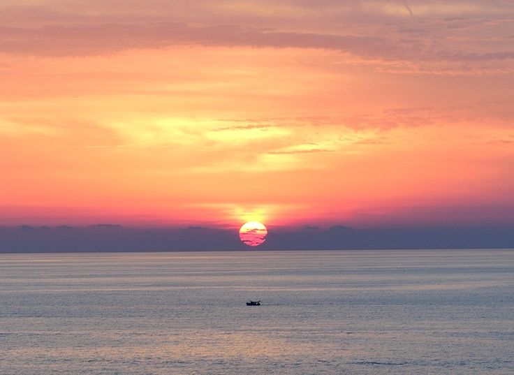 Ischia Sunset from Hotel Terme Providence #ischia #providenceitaly #iloveischia http://fc-foto.com/34848097