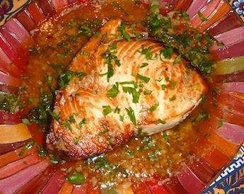 Picture of easy pan-roasted swordfish recipe with lemon garlic sauce / www.super-seafood-recipes.com