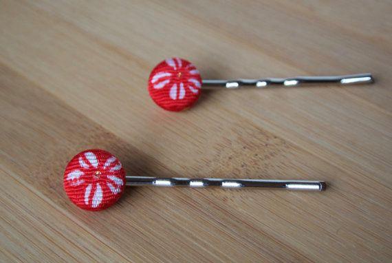 Japanese kimono fabric button bobby pin set  red by sarabamanda