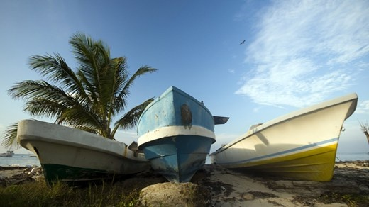 Colorful boats at the beach in Corn Island, Nicaragua #kilroy #water #sea #boat #travel