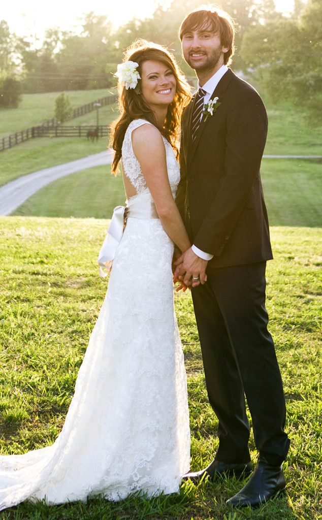 Lady Antebellum S Dave Haywood Weds Kelli Cashiola At Front Porch Farms