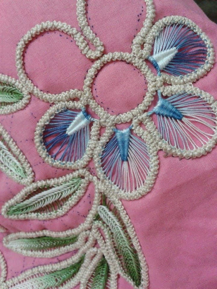 MACRAME' RUMENO - POINT LACE