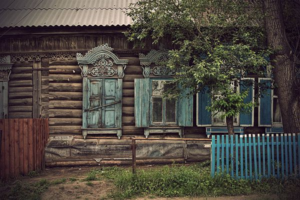 I used to daydream about living in one of these...little Russian cabins. So Hansel and Gretel.