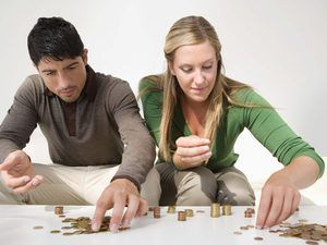 How to Handle a Husband & Wife's Money as a Married Couple