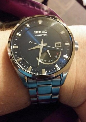 25 best ideas about montre seiko on pinterest lorus seiko and montres pour hommes. Black Bedroom Furniture Sets. Home Design Ideas