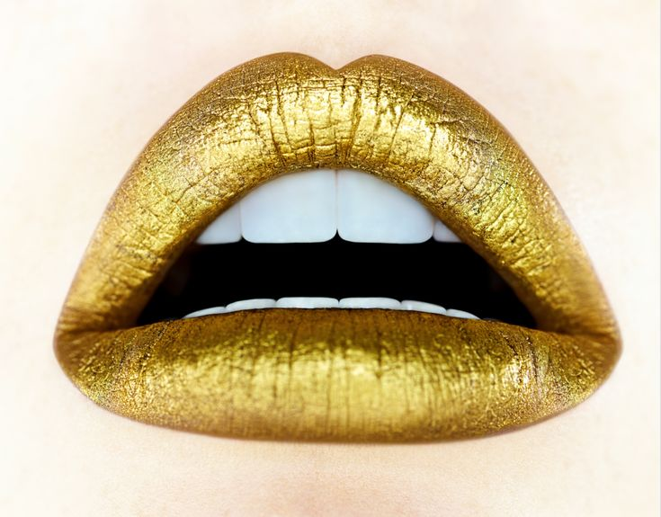 https://shop.thecoolhunter.net/product/gold-lips-giuliano-bekor/