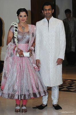 Sania Mirza Wedding Pictures - love her braid with jasmine flowers