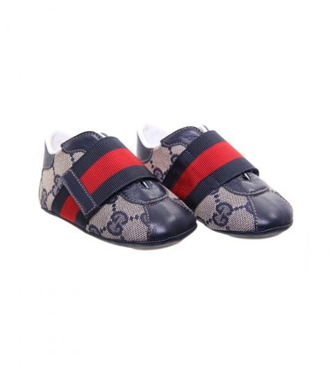 17 best images about a very gucci baby on pinterest designer baby shoes baby girls and diaper. Black Bedroom Furniture Sets. Home Design Ideas