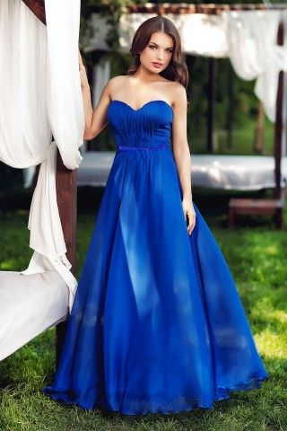 rochie de seara lunga albastru electric din voal de matase