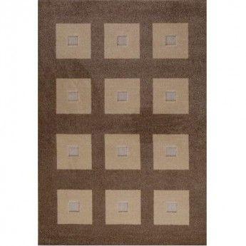 Covorul Stage este o combinatie frapanta de nuante naturale si texturi diferite. Datorita formelor geometrice, patratelor bine definite si ordonate, rezulta un covor simplu si masculin, iar culorile calde determina versatilitatea acestui model usor de incadrat in orice tip de amenajare.