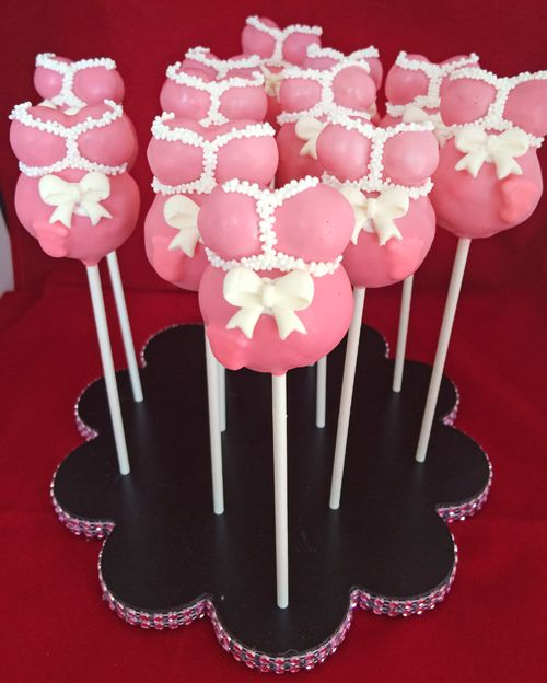 These pregnant belly cake pops are the perfect treat or party favor for a baby shower. With this step-by-step tutorial, they are easy to make!