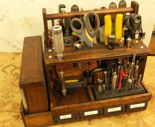 Tips and Jigs for the Shop #6: Tool Totes – Purpose, Philosophy, Design, Construction, and Usage - by Jim Bertelson @ LumberJocks.com ~ woodworking community