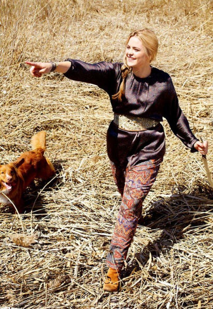 Блуза: Burda Мода для полных 2/ 2013/ 412 / Burdastyle