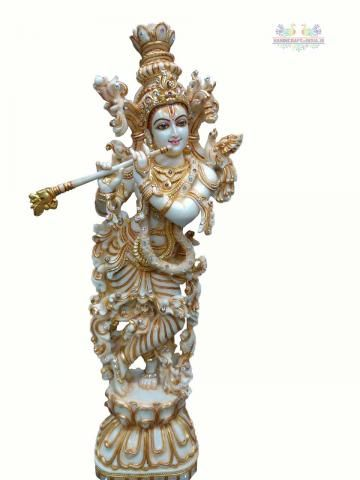 We are offering a captivating assortment of Marble Krishna Statue. This statues are made of marbles.