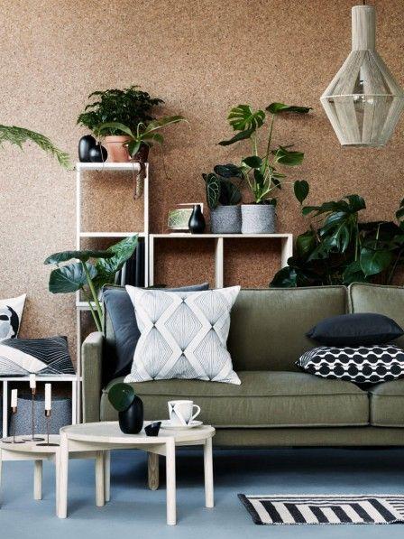 Hier fühlen wir uns richtig wohl! Sanfte Töne kombiniert mit Holz, Rattan und Kork verleihen Räumen eine warme Atmosphäre und erden uns.